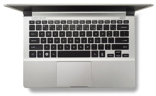 Samsung NP900X3D - Top