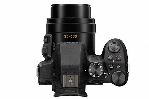 Panasonic Lumix FZ300 - Top